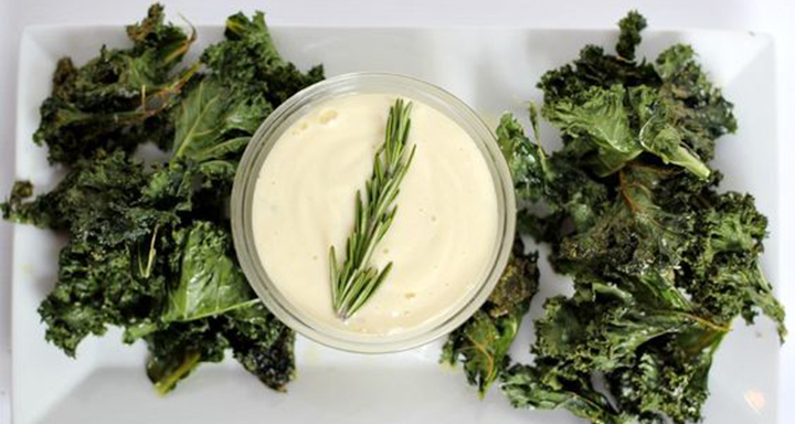 Kale Chips and Paleo Garlic Aioli, paleo diet, paleo recipes,